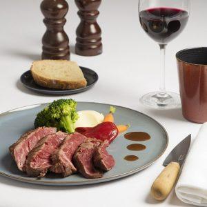 Carne al peso (Salers, Charolesa, Frisian, Rubia Gallega, Buey) en Restaurante Solomillo